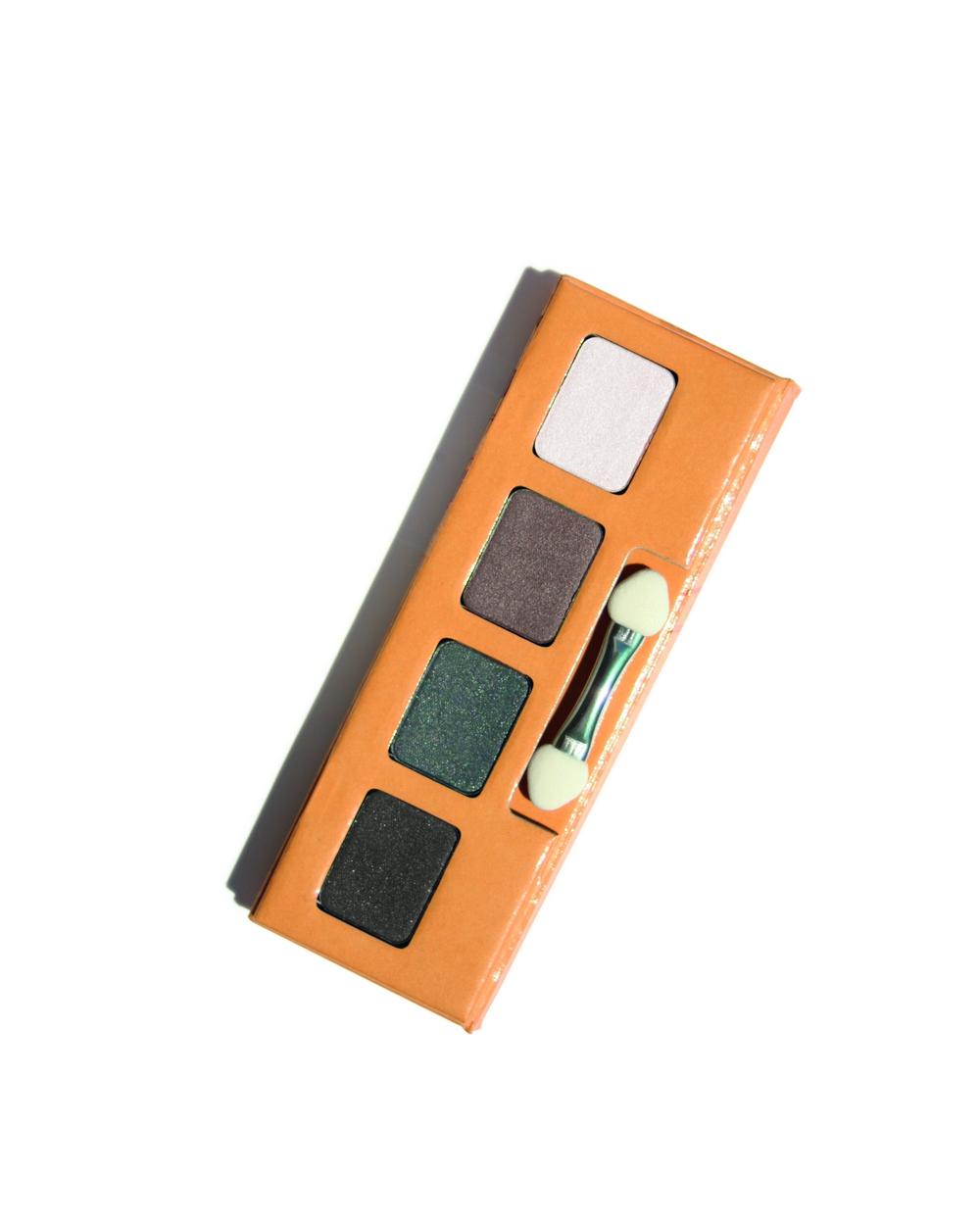 Palette regard sublime couleur caramel 115946 embellissetvous fr